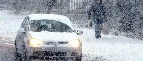 car-drive-snow_1791599c