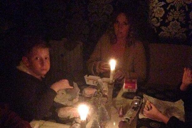 powercut-Christmas-meal-due-to-power-cut-2959224