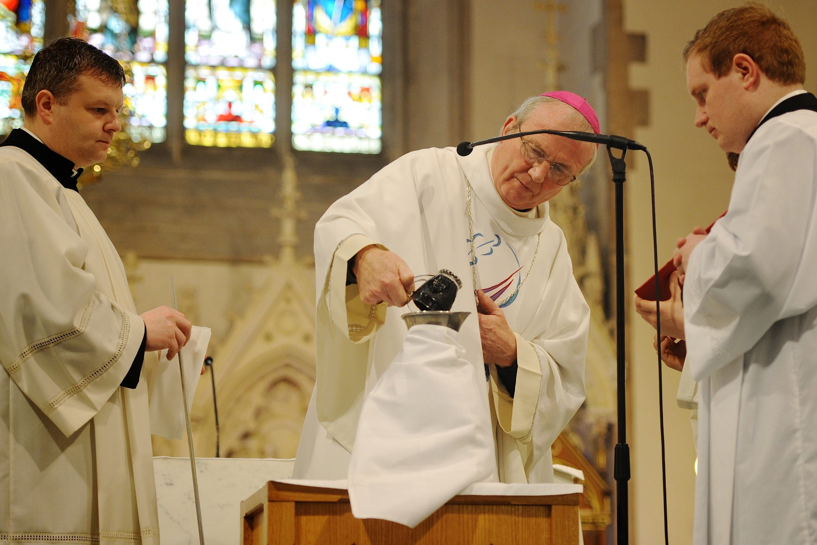 NEW BISHOP CELEBRATES FIRST DERRY CHRISM MASS IN THREE YEARS