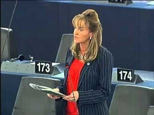 MEP Martina Anderson says deadline on roaming charges must be enforced