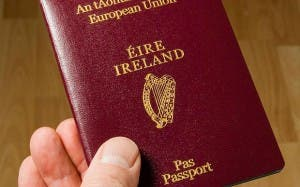 Irish_passport_1816507a