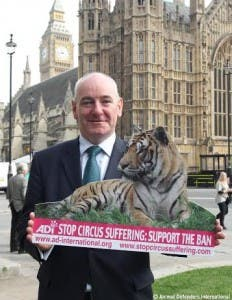 Foyle MP Mark Durkan supporting the introduction of a new Bill at Westminster this week banning the use of wild animals in circuses.