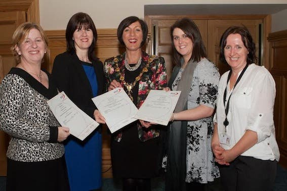 "Mayor Brenda Stevenson presenting certificates to three teachers on completion of the ""Forest Schools' Planning, Delivery and Evaluation"" course, provided by Faughan Valley Landscape Partnership. From left, Moira O'Kane (St. Colmcille PS, Claudy) Mary Redmond (St. Mary's PS, Altinure), and Laura McGeady (Glendermott PS). Also included is Annie Mullan, Derry City Council. (Photo - Tom Heaney, nwpresspics)"
