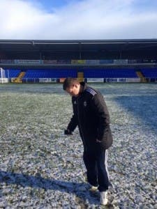Referee Stephen Wallace has called tonight's match off.